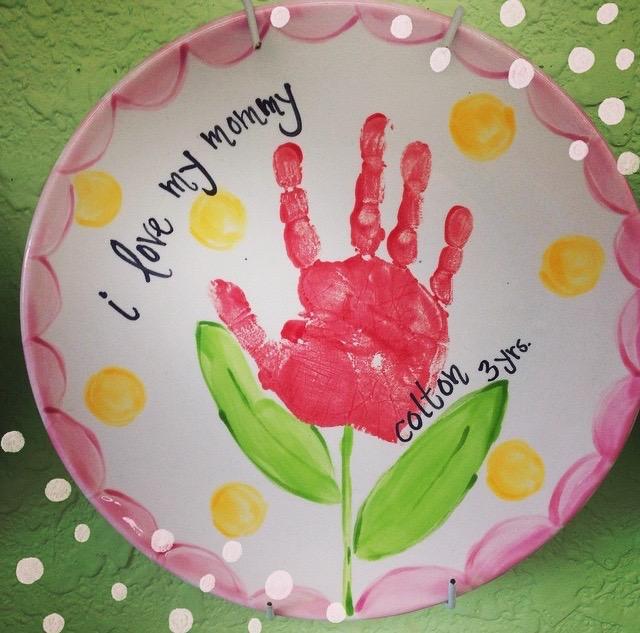 ceramic-handprint-flower