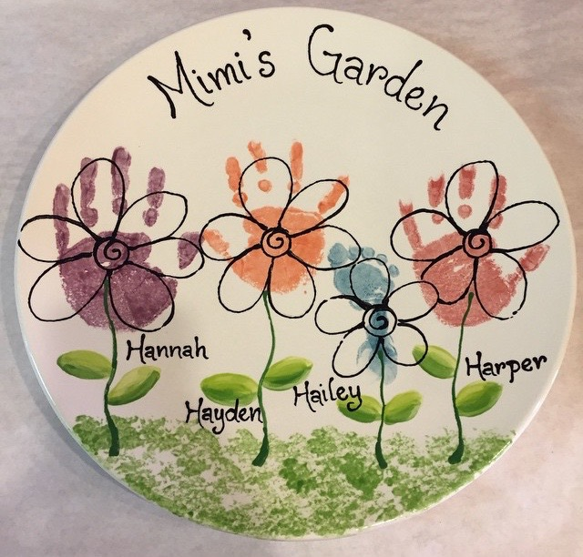 ceramic-handprint-flowers