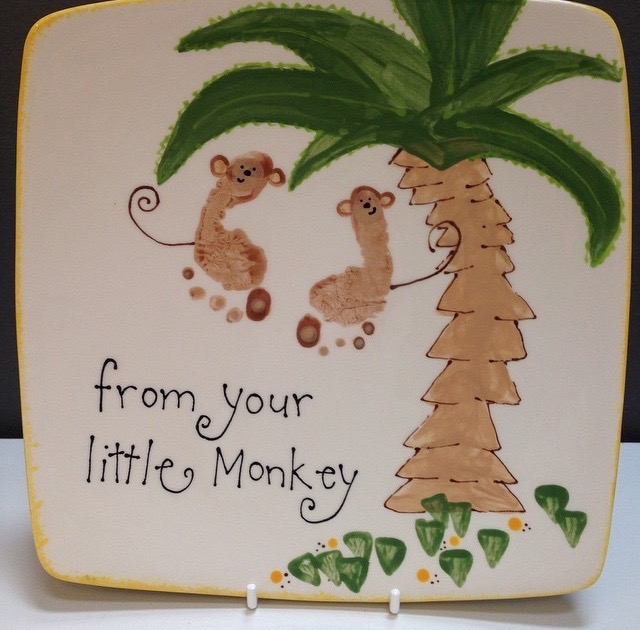 ceramic-handprint-monkeys